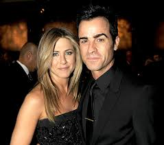 Jennifer Aniston & Justin Theroux tie the knot!